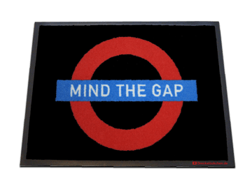 Fußmatte: MIND THE GAP