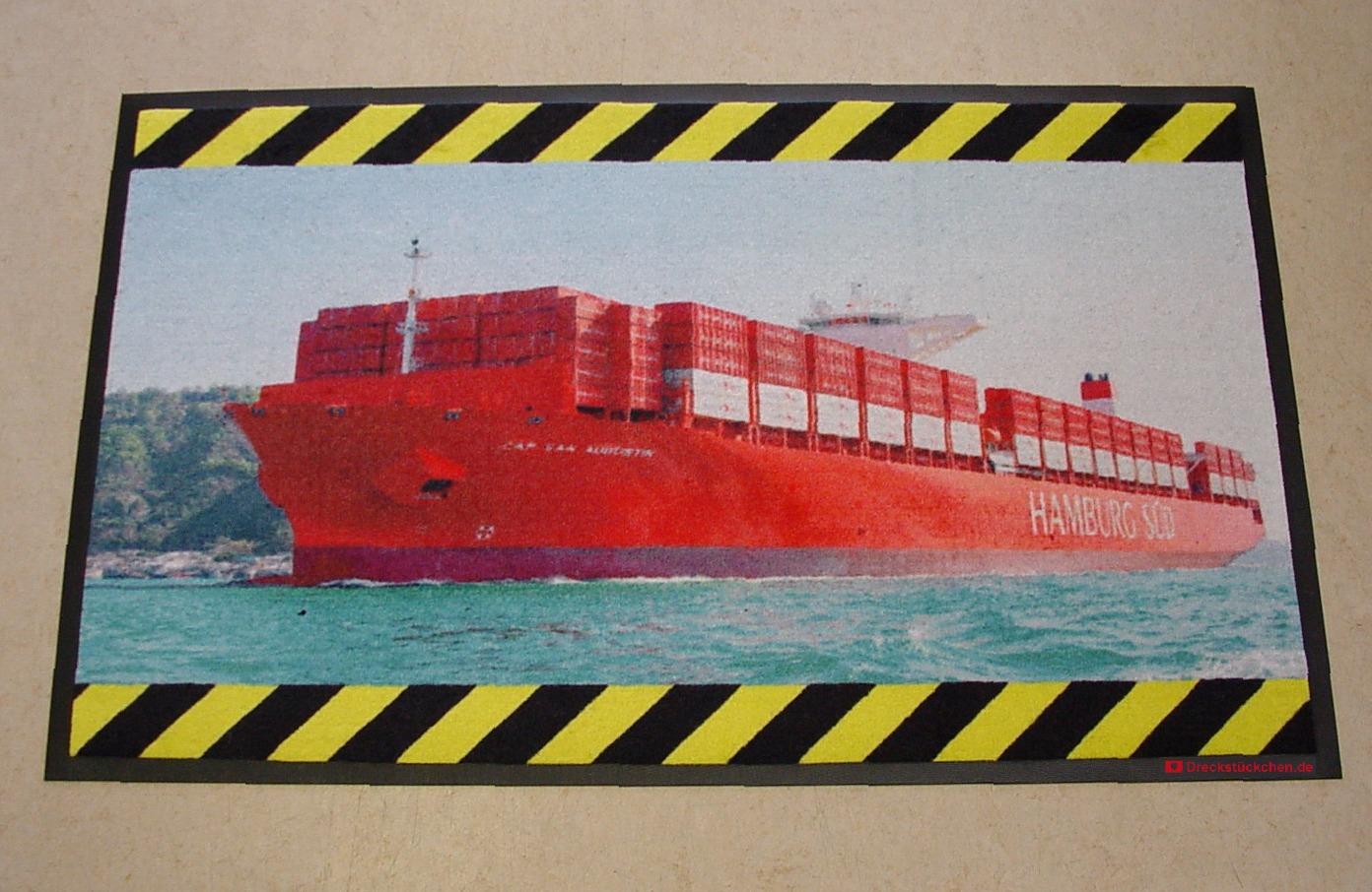 Containerschiff Fotomatte Dreckstückchen