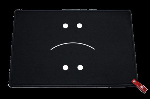 Fußmatte: Dreckstückchen Smiley lachen traurigTRAURIG